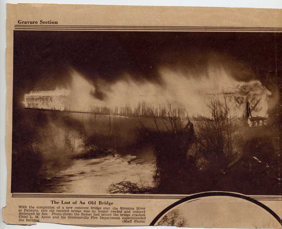 Burning of covered bridge 1931.jpg